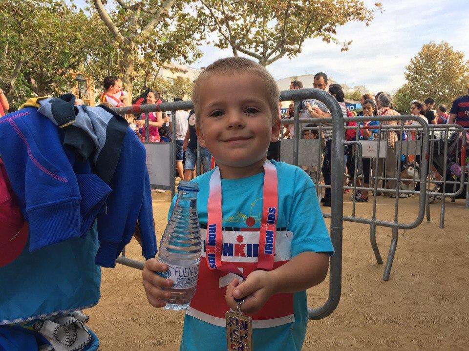 Мой сын Жорик на соревнованиях IRONKIDS